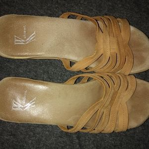 Womens Sandals White Mt. Size 7. Wedge